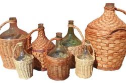 Стеклянные бутыли для вина
